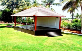 Kumaragam Farm House