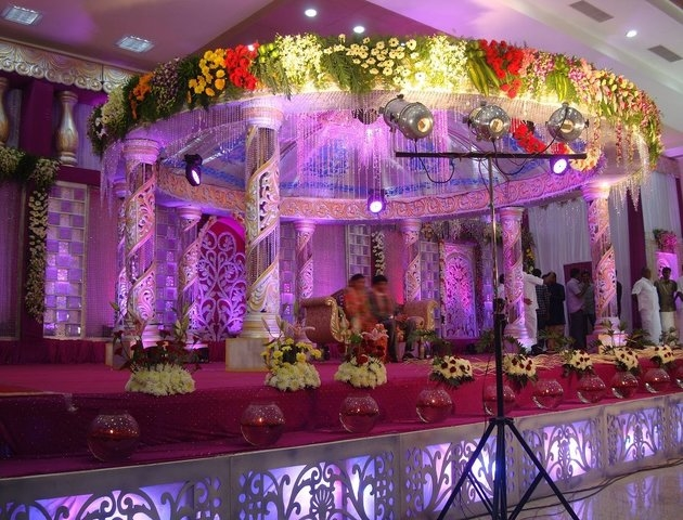 Wedding planners marriage services in coimbatore for Balloon decoration in coimbatore