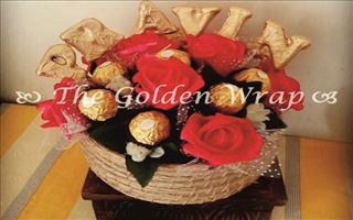 The Golden Wrap 024