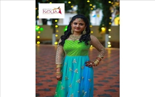 Keya Clothing Centre Gown10